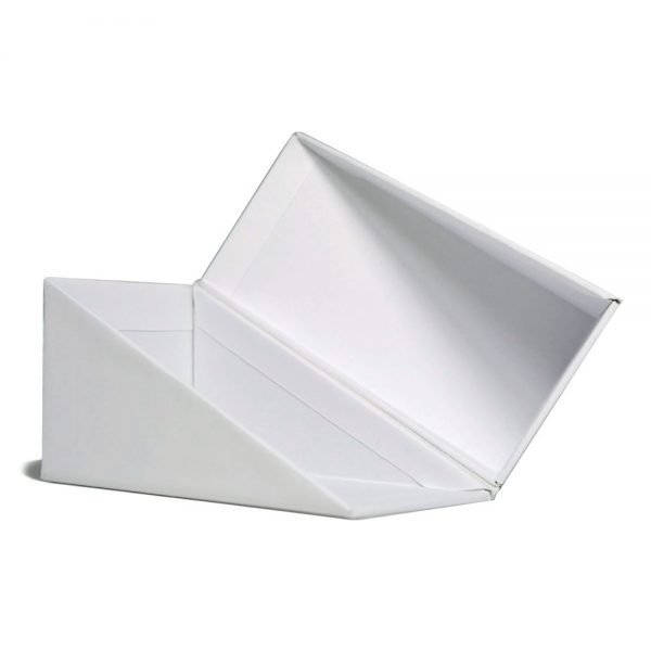 Wide Triangular Flip Box 01 (1)